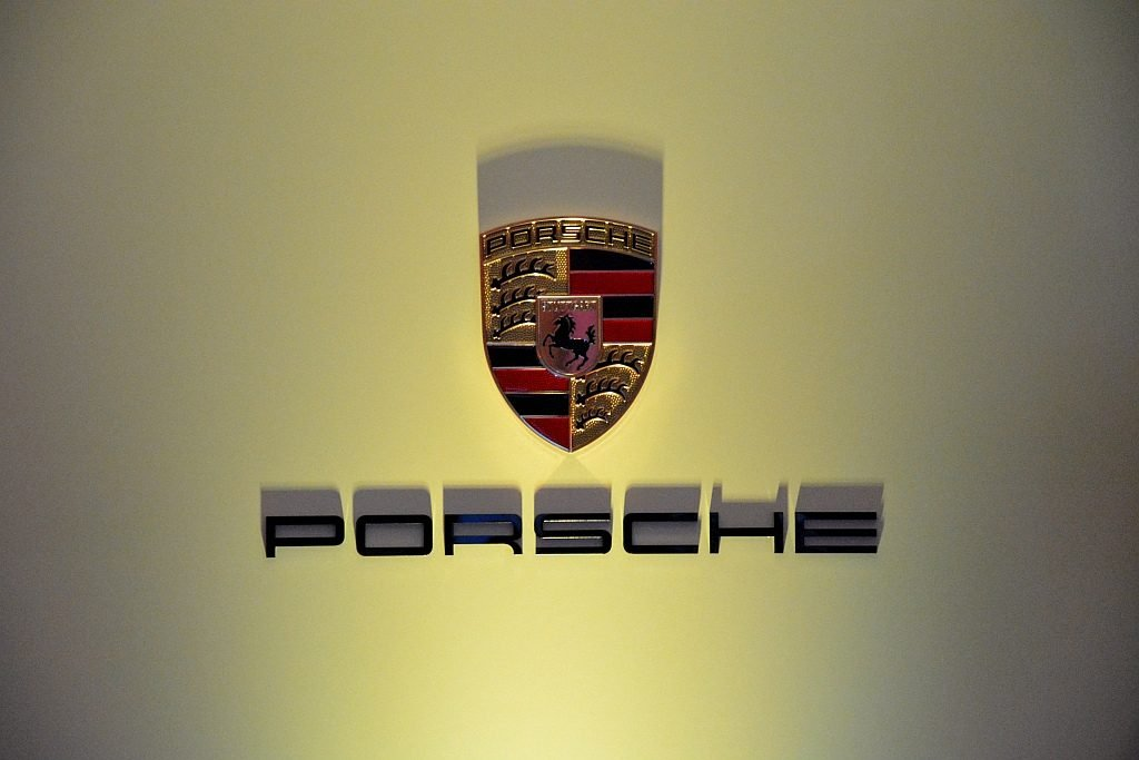 herb porsche logo
