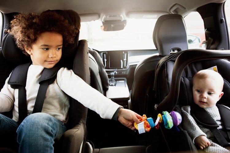 bezpieczne dziecko podróży