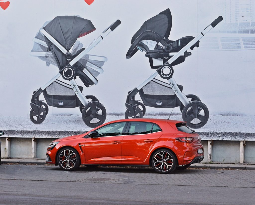 Auto dla rodziny nie musi być nudne - Renault Megane RS Trophy