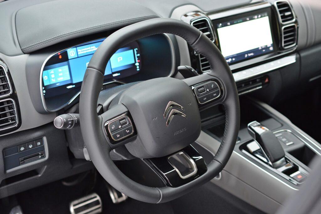 Wnętrze Citroen C5 Aircross Hybrid